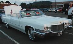 automobile, automotive exterior, cadillac, vehicle, full-size car, cadillac coupe de ville, antique car, sedan, classic car, land vehicle, luxury vehicle,