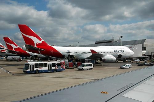 Qantas 747-438LR VH-OJT