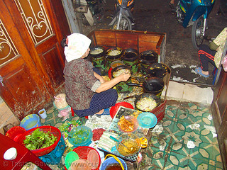 8641 - vietnam - Small but excellent restaurant
