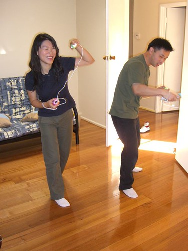 Eva and Raymond - Wii Sports Boxing