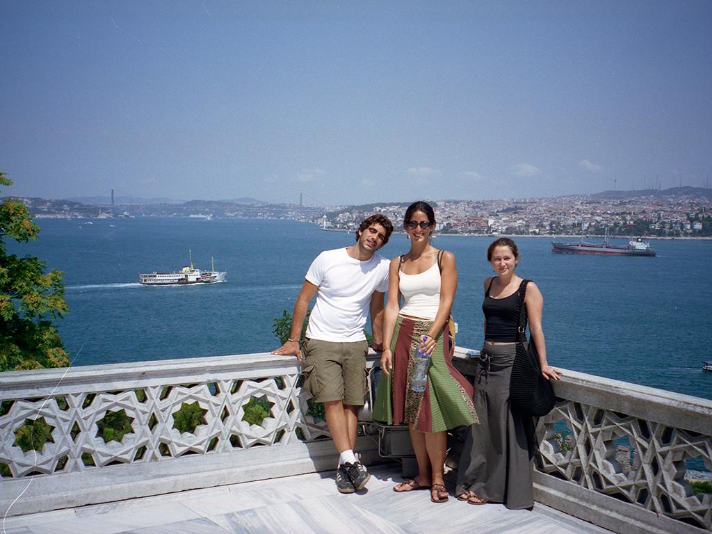 Group_istanbul3.jpg