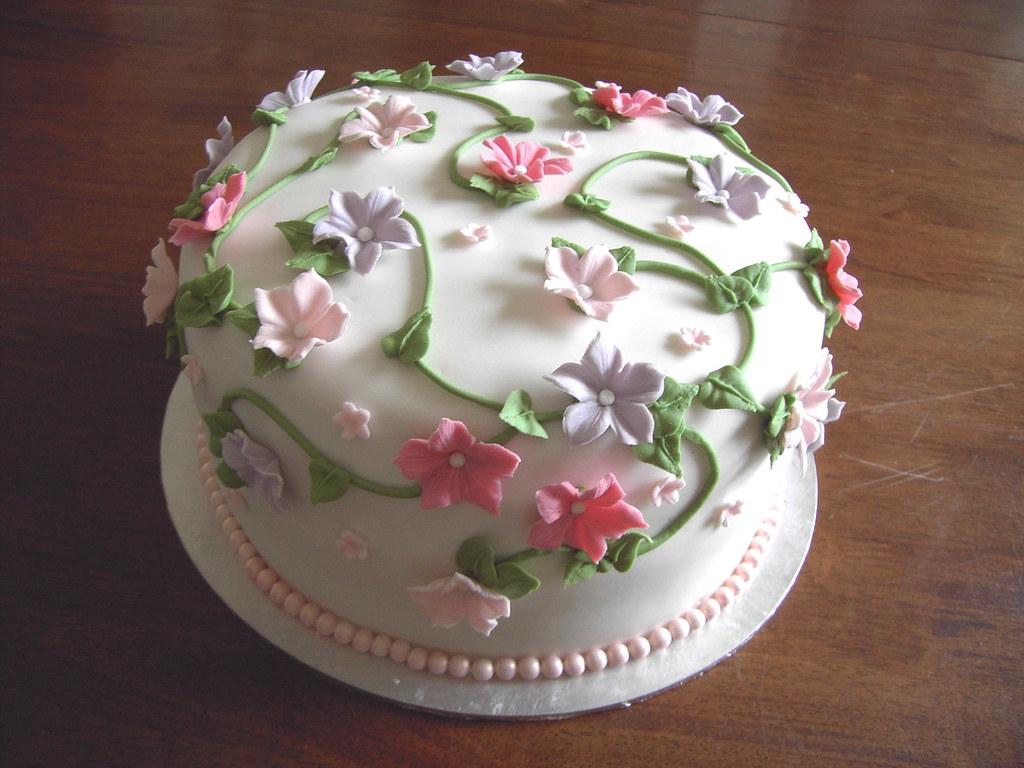 Petunia Flower Cake
