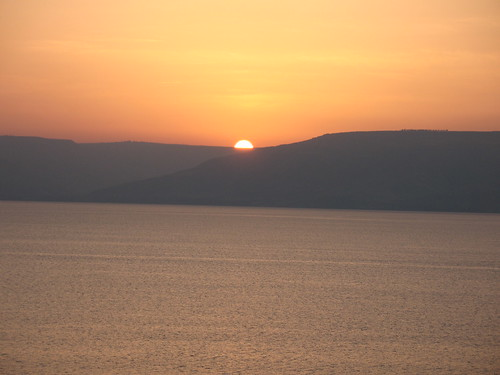 sea sky favorite orange sun lake water sunrise horizon galilee calm hills serene golanheights golan seaofgalilee כנרת views50 views100 views75 views25 replacedwithhires 3264x2448 hoyasmeg