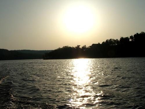 trip light sun lake reflection nature water sunrise missouri familyvacation tablerocklake bigcedarlodge wildernessclub