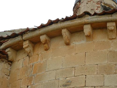 Iglesia - Canecillos 2