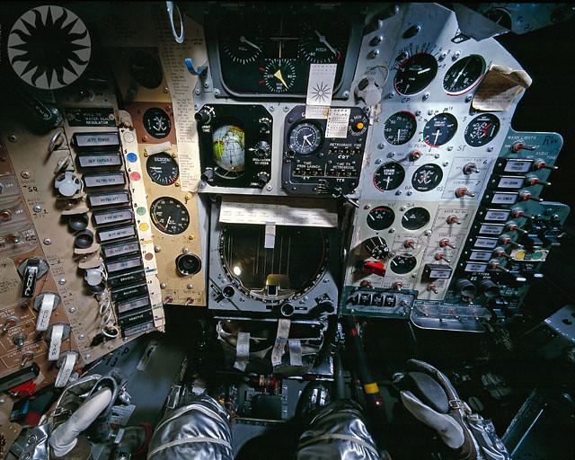 gemini spacecraft cockpit - photo #33