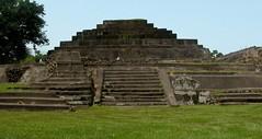 El Salvador Tazumal D3068a