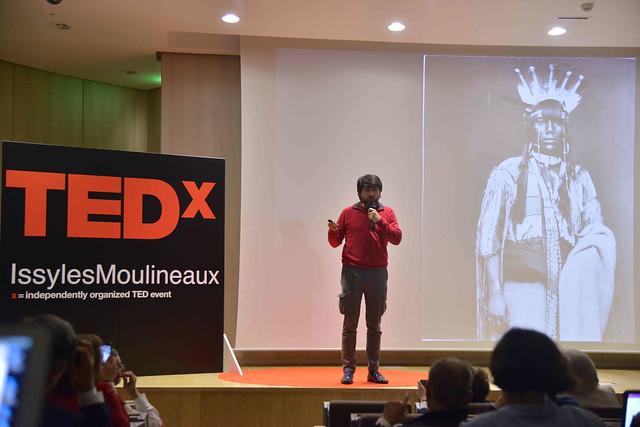 2016-11-23 - TEDxIssy-01 - Speakers (16h37m57) - Jean-Xtophe ORDONNEAU