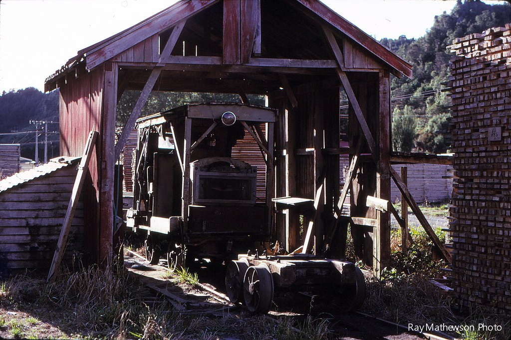 Another view of small Wilson dsiesel in its shed. Jan 1970