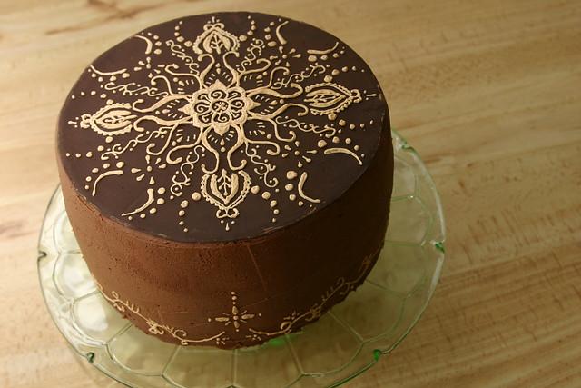 Mehndi Inspired Cake : Photo