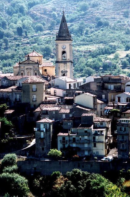 Novarra, Sicily