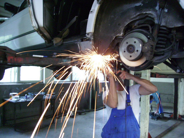 What you Need to Know about Auto Mechanic Apprenticeship