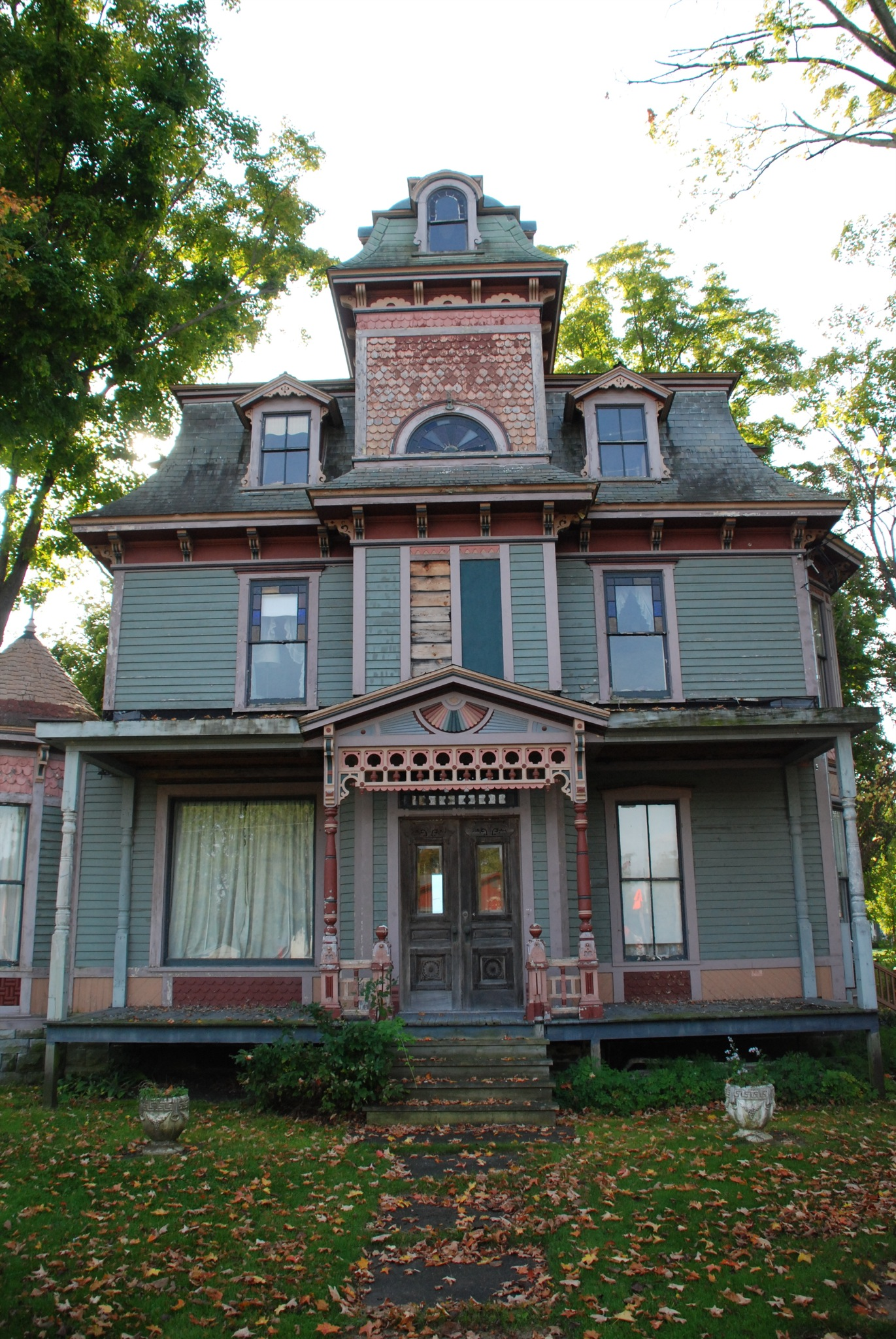 Granville victorian house flickr photo sharing for Victorian manor house