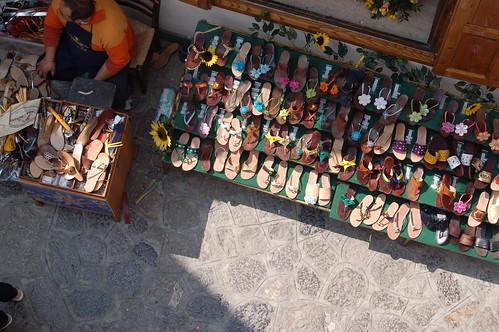 Idee e suggerimenti su come organizzare al meglio la nostra scarpiera