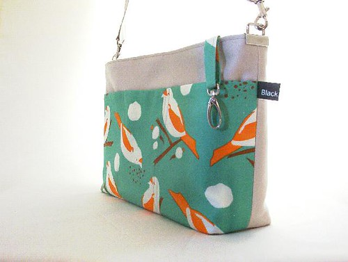 Bird Seed Shoulderbag