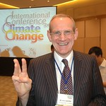 "John BAXTER \1/  - Energy for the Future - BP ""Beyond Petroleum"" shares 3 finger Sustainability Symbol at International Conference on Climate Change in Hong Kong"