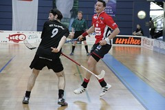 roller in-line hockey(0.0), indoor field hockey(0.0), stick and ball games(1.0), floor hockey(1.0), sports(1.0), team sport(1.0), hockey(1.0), floorball(1.0), ball game(1.0),