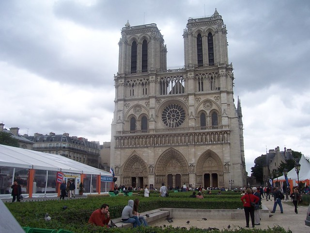 Natre Dame Cathedral in Paris, France