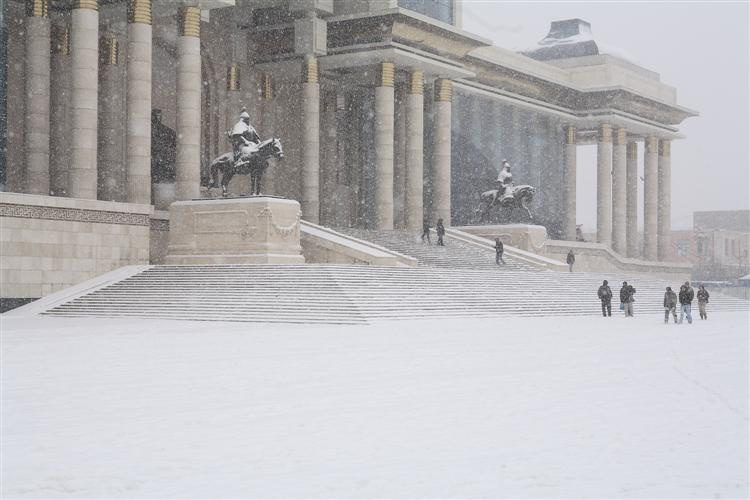 Ub city wears snow dress