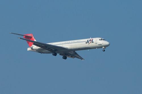 MD-87(JA8372) approach @HND/RJTT