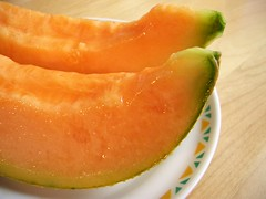 watermelon(0.0), vegetable(0.0), plant(0.0), calabaza(0.0), produce(0.0), dessert(0.0), cantaloupe(1.0), honeydew(1.0), fruit(1.0), food(1.0), muskmelon(1.0), melon(1.0), cucurbita(1.0),