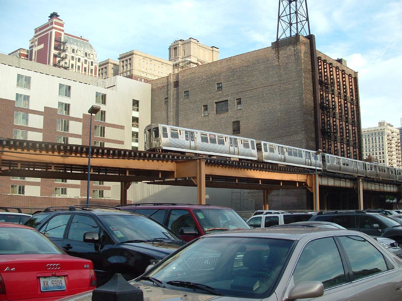Chicago Transit Authority (CTA): EL Train