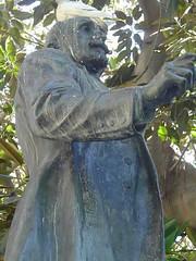 Estatua de Antonio Maura