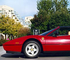 ferrari 288 gto(0.0), ferrari mondial(0.0), ferrari 348(0.0), ferrari testarossa(0.0), race car(1.0), automobile(1.0), vehicle(1.0), ferrari 308 gtb/gts(1.0), ferrari f355(1.0), ferrari 328(1.0), ferrari s.p.a.(1.0), land vehicle(1.0), luxury vehicle(1.0), supercar(1.0),
