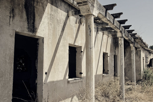 Pórtico en ruínas