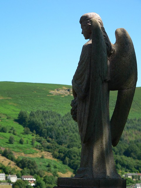 Angelic Watcher of the Hills