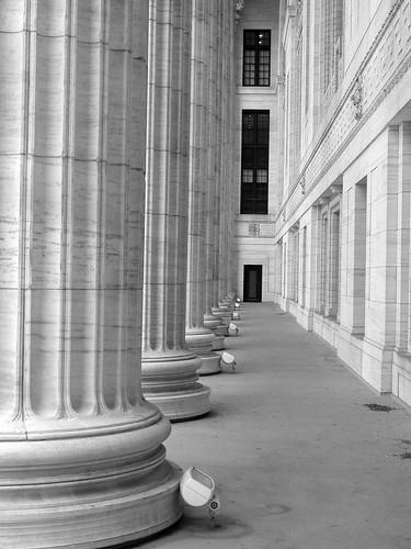 Ed bldg colonnade 1