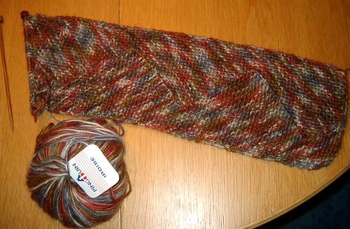 Modular zig-zag scarf started