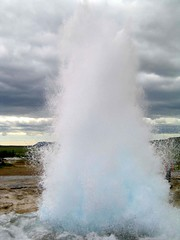 blowhole, body of water, geyser, spring,