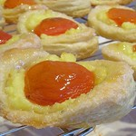 Sunny-side-up Apricot Pastries