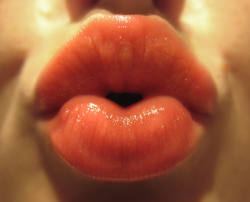 pucker up