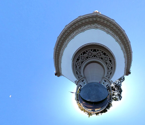 Planet Spreckels (with moon)