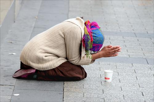 paris beggars