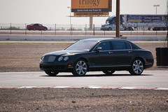 automobile, executive car, wheel, vehicle, automotive design, bentley continental flying spur, sedan, land vehicle, luxury vehicle, bentley,