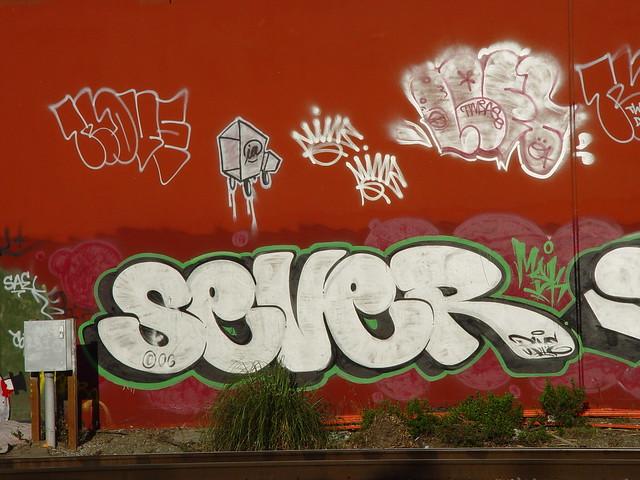 graffiti  sever