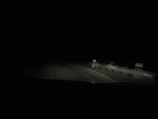 Night_Drive_in_the_Mountains_02