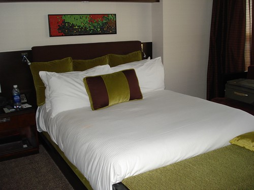 Comfy bed, lots of pillows, Red Rock Resort