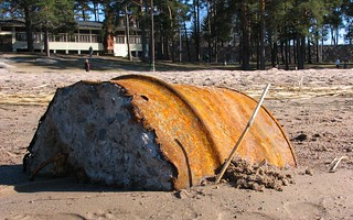 Image of  Hietarannan uimaranta  near  Helsinki. beach helsinki sand barrel rusty hietaranta