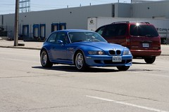 executive car(0.0), sedan(0.0), convertible(0.0), automobile(1.0), automotive exterior(1.0), bmw(1.0), wheel(1.0), vehicle(1.0), performance car(1.0), automotive design(1.0), bmw z3(1.0), bumper(1.0), land vehicle(1.0), luxury vehicle(1.0), coupã©(1.0), sports car(1.0),