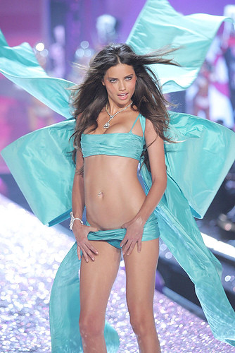 Victoria's Secret Fashion Show 2005 Full Hd Victoria Secret Fashion Show