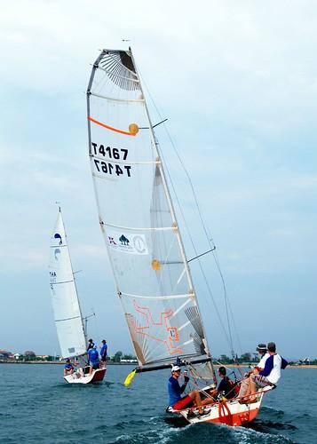 platu vs sport boat by AraiGodai