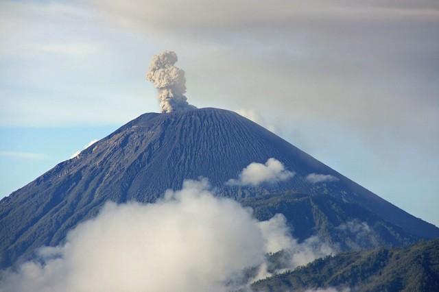 Gunung Semeru | Flickr - Photo Sharing!