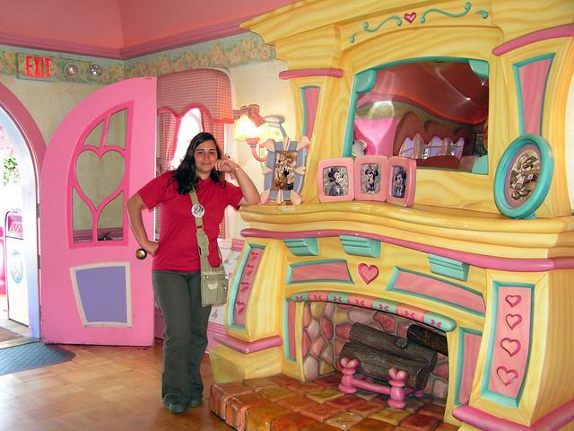 En casa de minnie mouse flickr photo sharing - Casa de minnie mouse ...