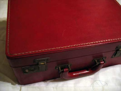 Madeira Thread Treasure Chest with Greatest Hits Bundle/ MANY