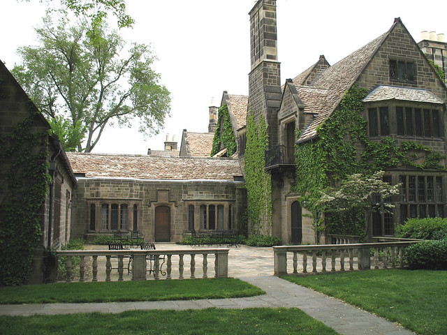 Ford Mansion Grosse Pointe http://www.flickr.com/photos/decojim/496381056/