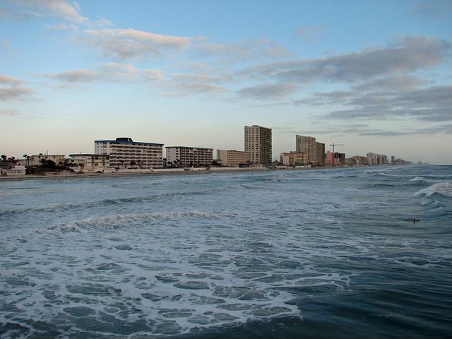 Daytona beach shores flickr photo sharing for Daytona beach fishing pier